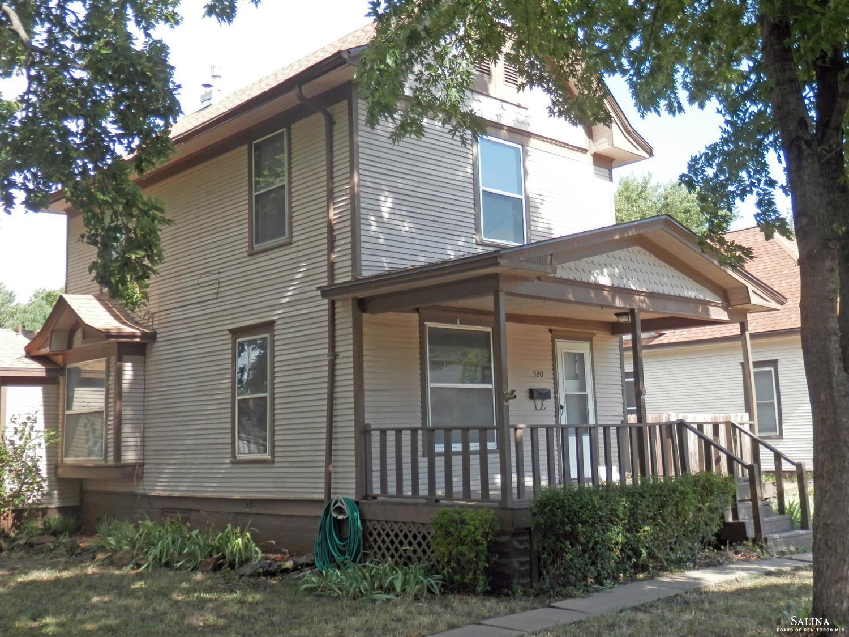 520 S 10th Street, Salina, KS 67401