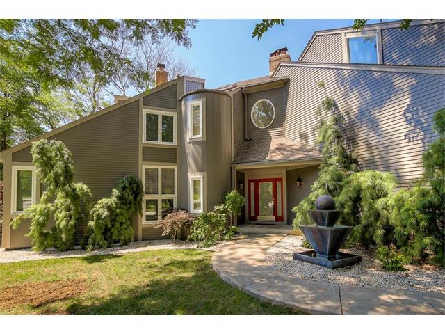 11909 BLUEJACKET Street, Overland Park, KS 66213