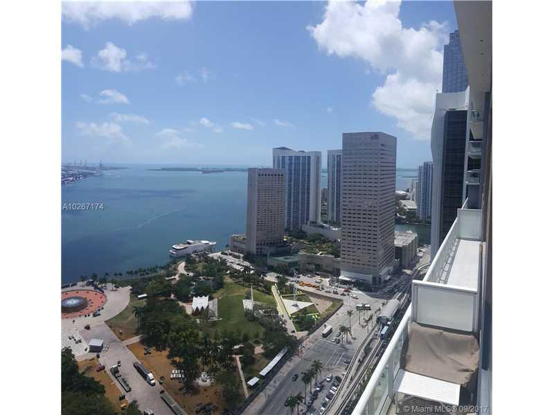 50 Biscayne Blvd 3904, Miami, FL 33132