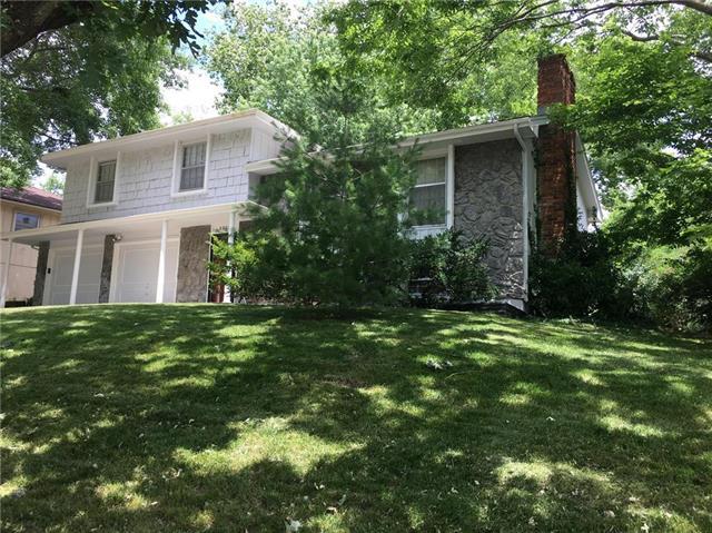 5823 NW Aspen Lane, Kansas City, MO 64152