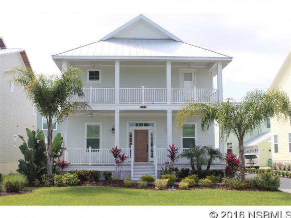 219 LINCOLN AVE, New Smyrna Beach, FL 32169