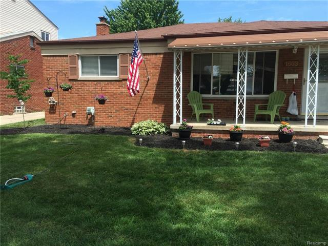 1603 BEAUPRE AVE, Madison Heights, MI 48071