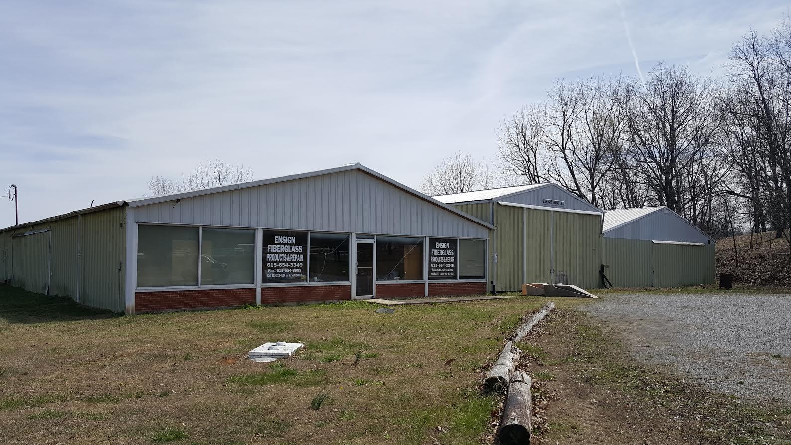4624 Hwy 31W, Cottontown, TN 37048