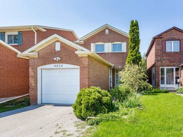 4234 Sawmill Valley Dr, Mississauga, ON L5L 3M9