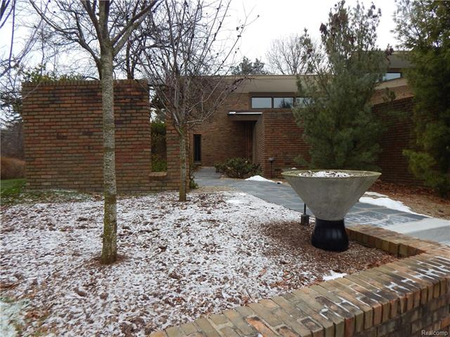 32475 SCOTTSDALE, Farmington Hills, MI 48025