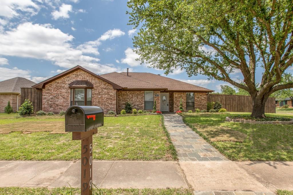 5019 Highridge Drive, Sachse, TX 75048