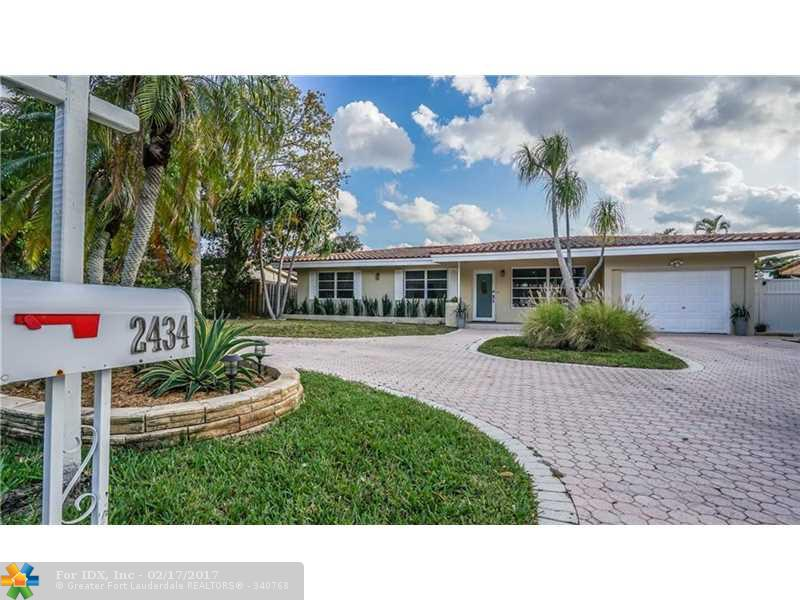 2434 SE 11th St, Pompano Beach, FL 33062