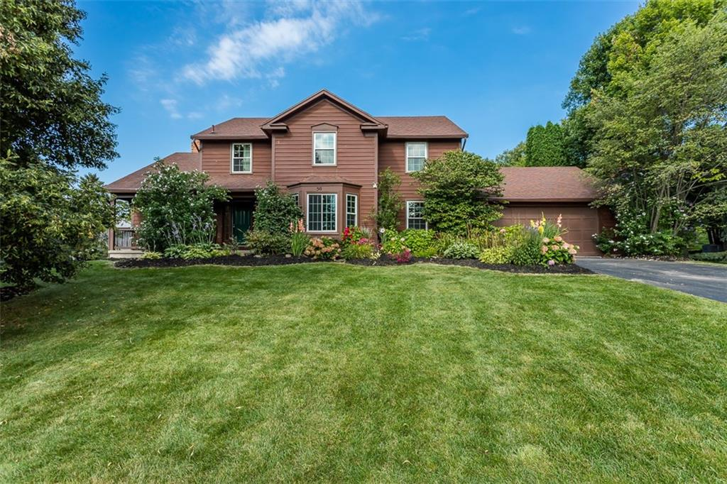50 Copper Woods, Pittsford, NY 14534