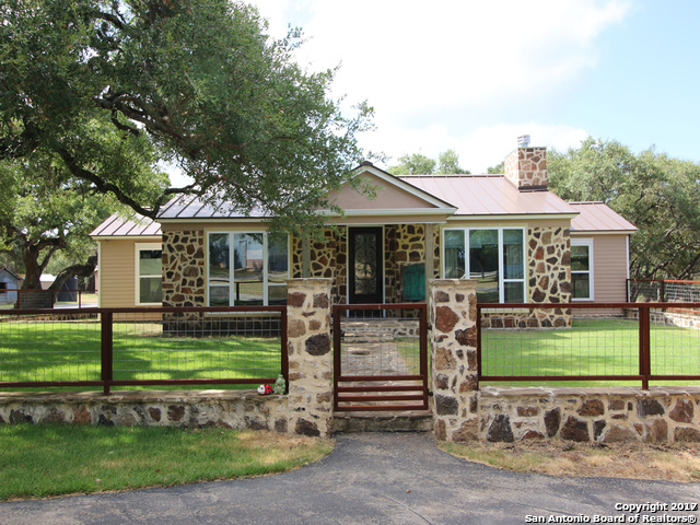 1275 STONEY RIDGE RD, Bulverde, TX 78163