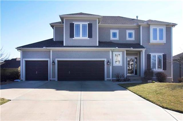 25995 W 143RD Terrace, Olathe, KS 66061