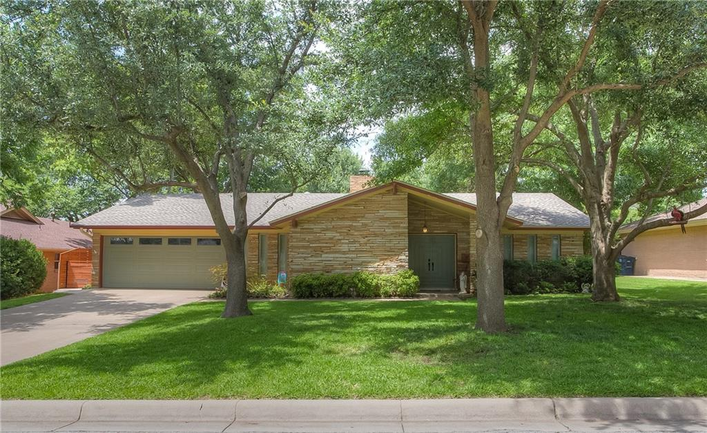 3720 Winifred Drive, Fort Worth, TX 76133