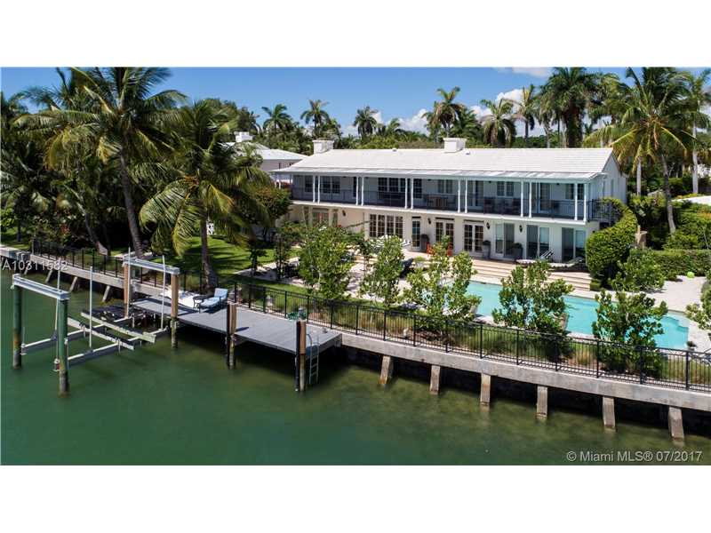 2569 Lake Ave, Miami Beach, FL 33140