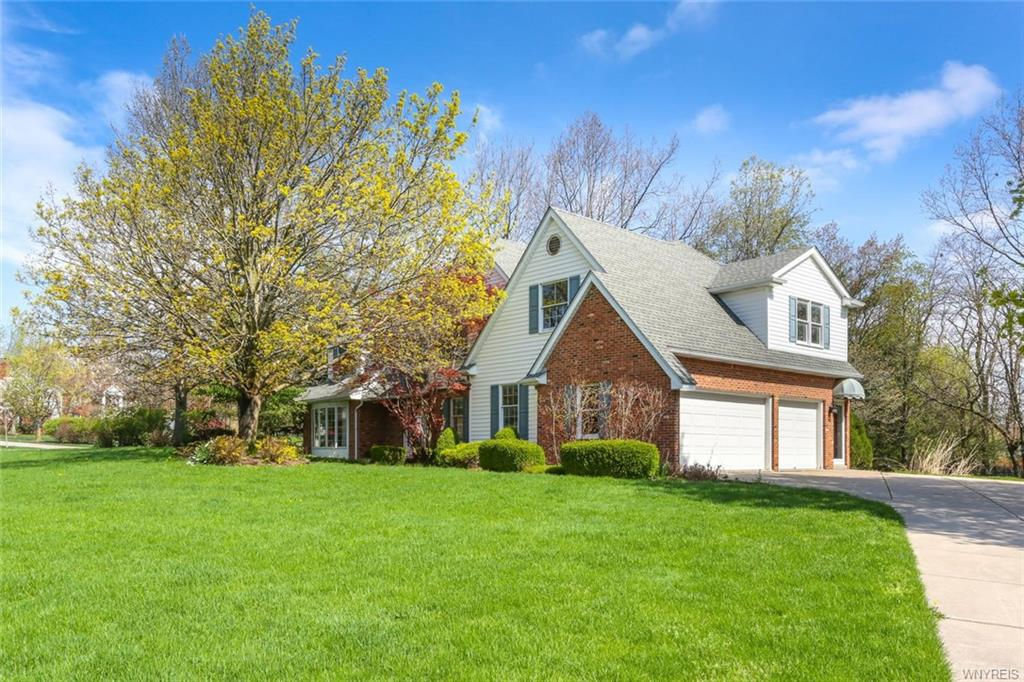 9545 The Maples, Clarence, NY 14031