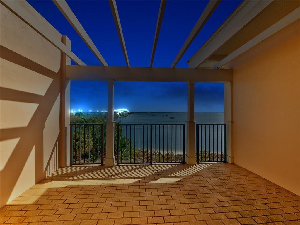 3710 NE Indian River Drive A302, Jensen Beach, FL 34957