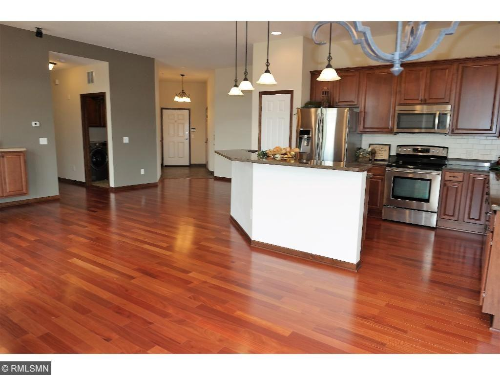 1256 County Road D E 103, Maplewood, MN 55109