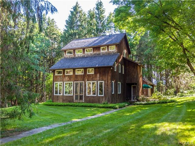 87 Hartwell Road, New Milford, CT 06776