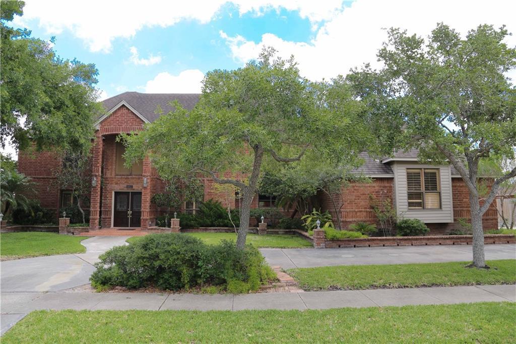 8022 Villefranche Dr, Corpus Christi, TX 78414