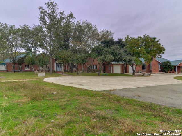 321 WEISS RD, New Braunfels, TX 78130