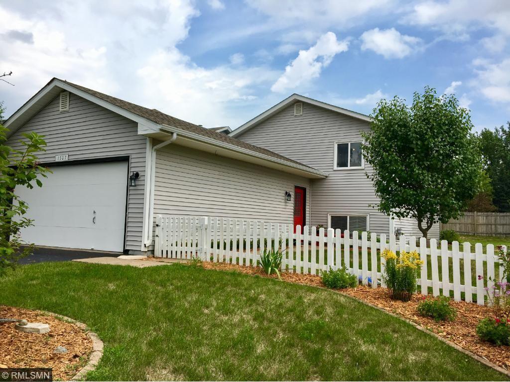 1707 Slater Lane, Burnsville, MN 55337