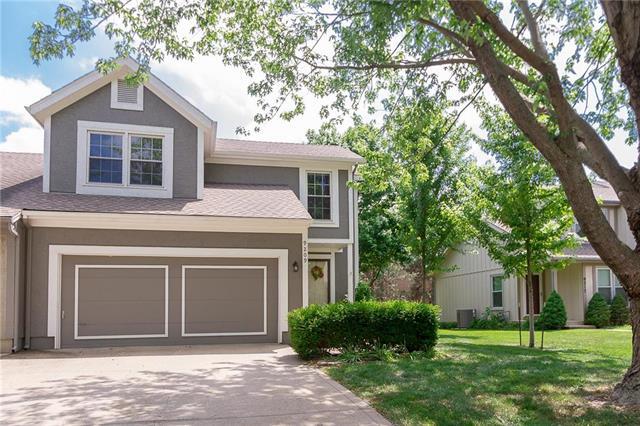 9209 W 121st Terrace, Overland Park, KS 66213