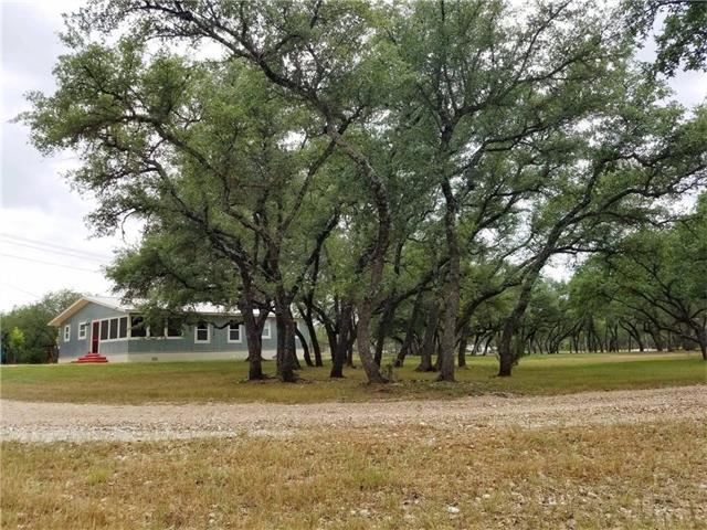 998 N Avenue N, Johnson City, TX 78636