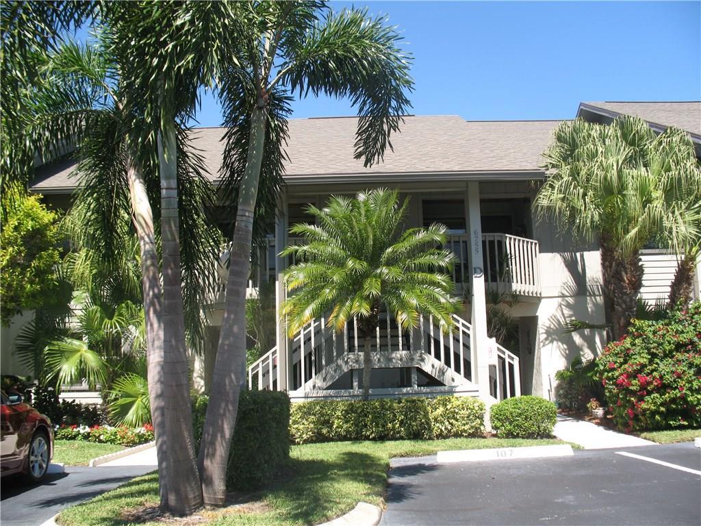 6255 E Charleston Place D-204, Hobe Sound, FL 33455