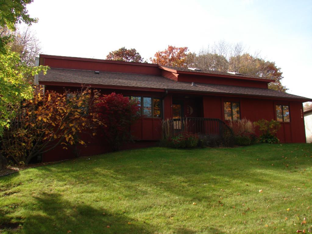 1306 Berry Ridge Road, Eagan, MN 55123