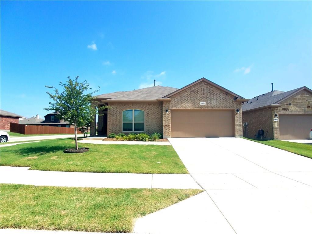 1801 Kachina Lodge Road, Fort Worth, TX 76131