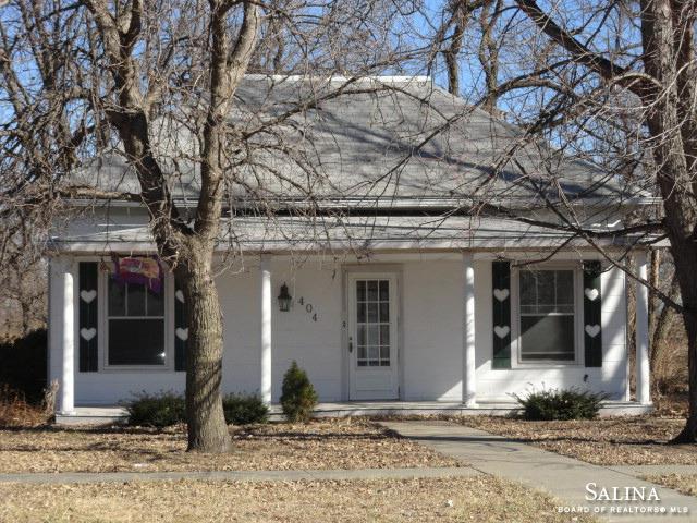 404 N Custer Street, Delphos, KS 67436