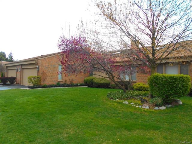 36716 TANGLEWOOD LN, Farmington Hills, MI 48331