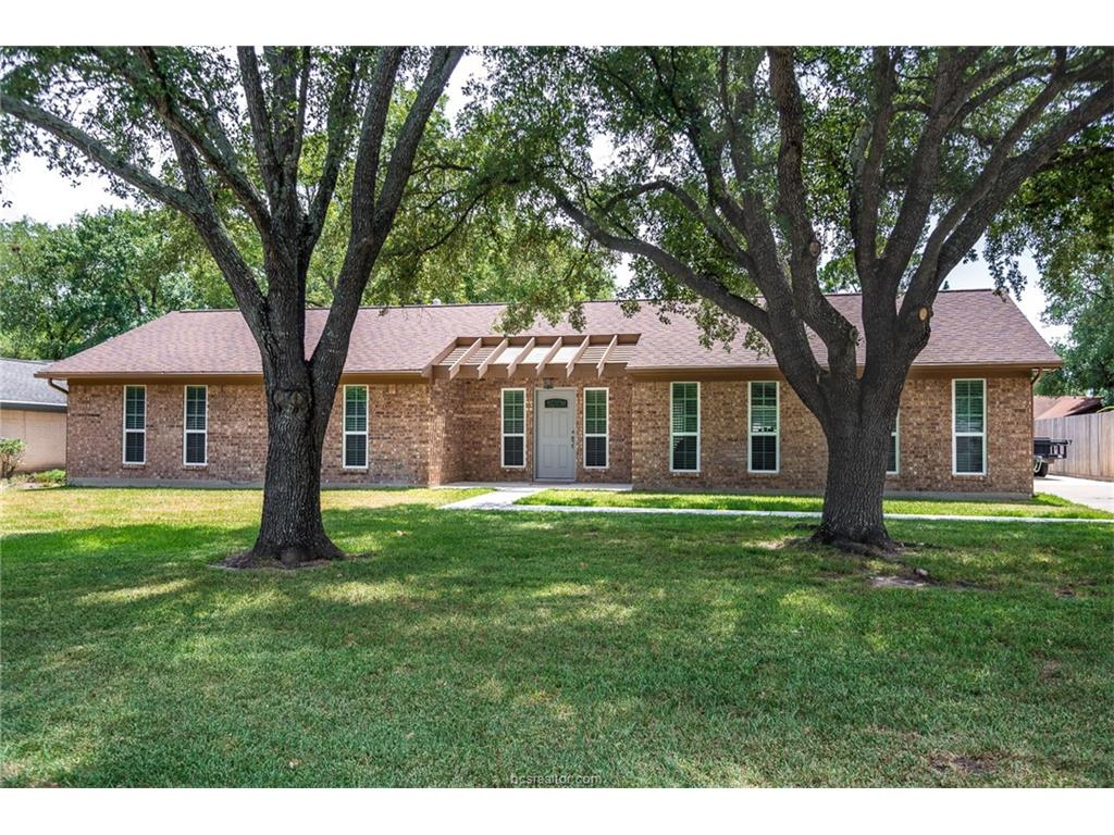 1806 Bee Creek Drive, College Station, TX 77840