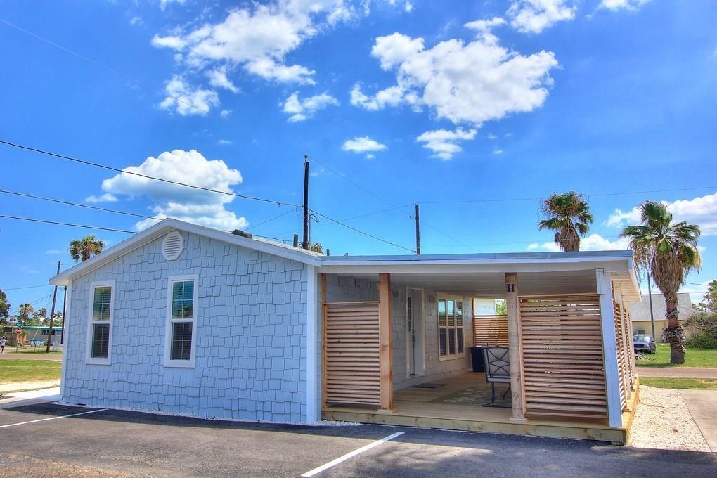 523 Station St H, Port Aransas, TX 78373