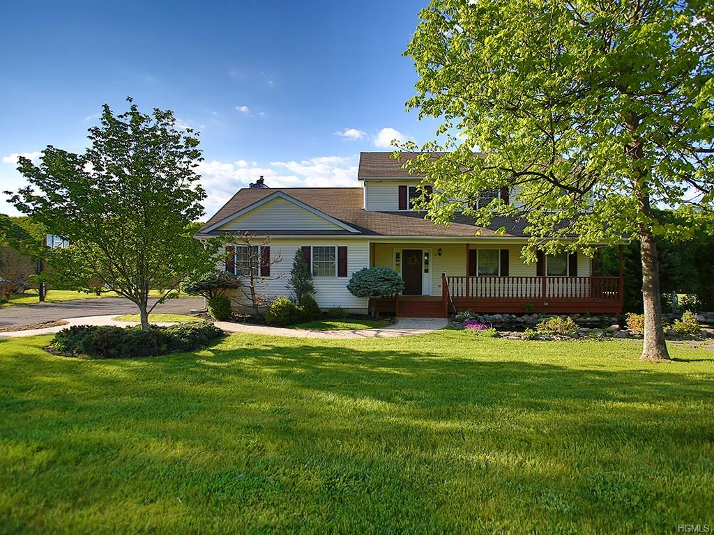 12 Booth Drive, Campbell Hall, NY 10916
