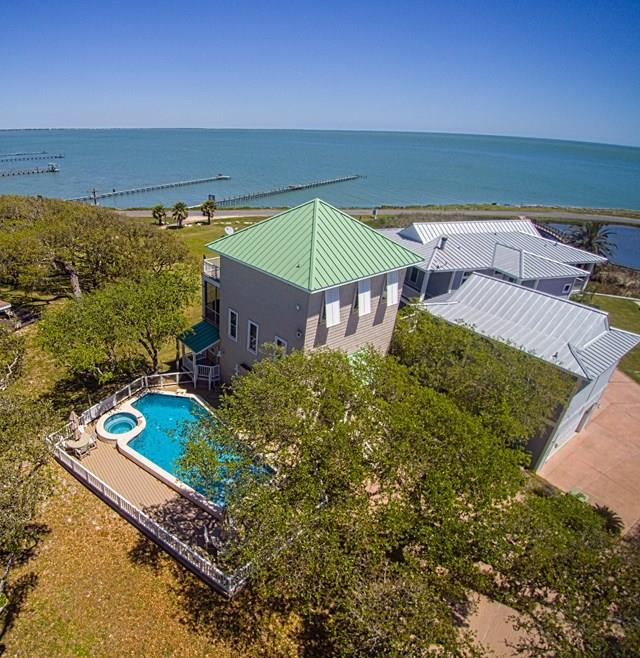 21 Old Cottage Beach Rd., ROCKPORT, TX 78382