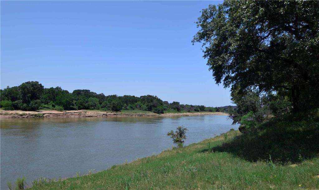 2828 Oaks Crossing Road, Mineral Wells, TX 76067