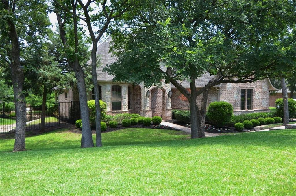 804 Jennifer Court, Highland Village, TX 75077