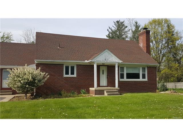 10083 7 MILE, Salem Twp, MI 48167