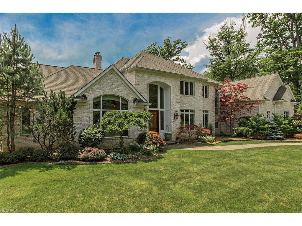 70 Falls Creek Trail, Moreland Hills, OH 44022