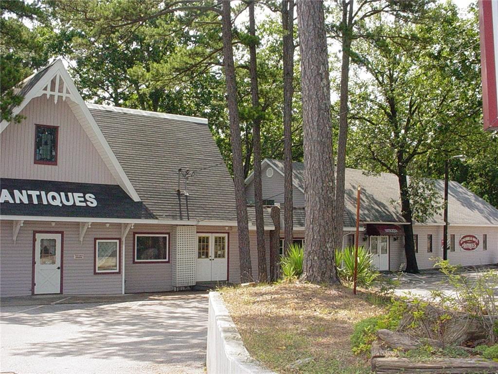 185 E Van Buren, Eureka Springs, AR 72632