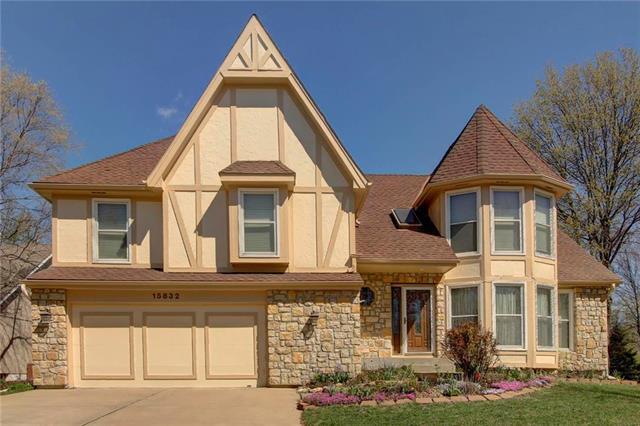 15832 W 143RD Terrace, Olathe, KS 66062