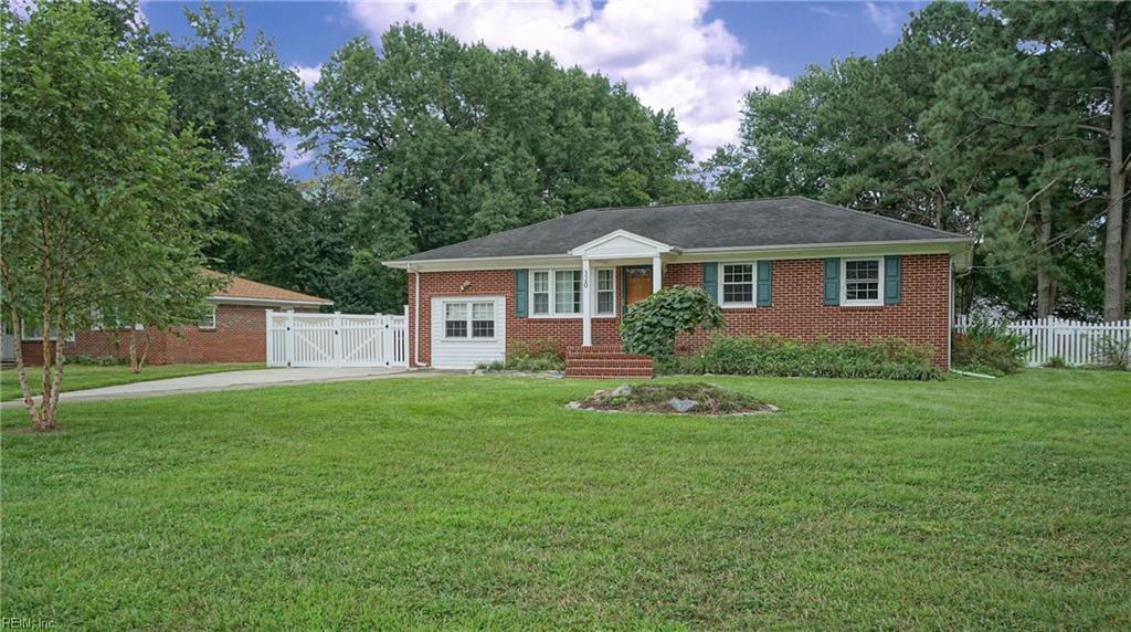 320 Ewell LN, Chesapeake, VA 23322