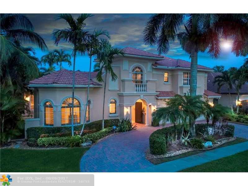 127 Swan Ave, Plantation, FL 33324