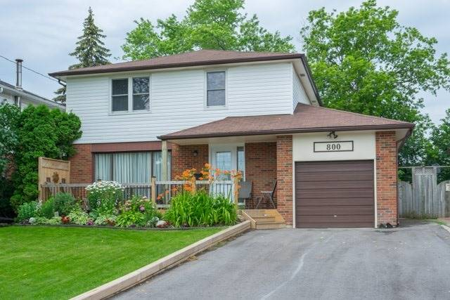 800 Hillcrest Rd, Pickering, ON L1W 2P4