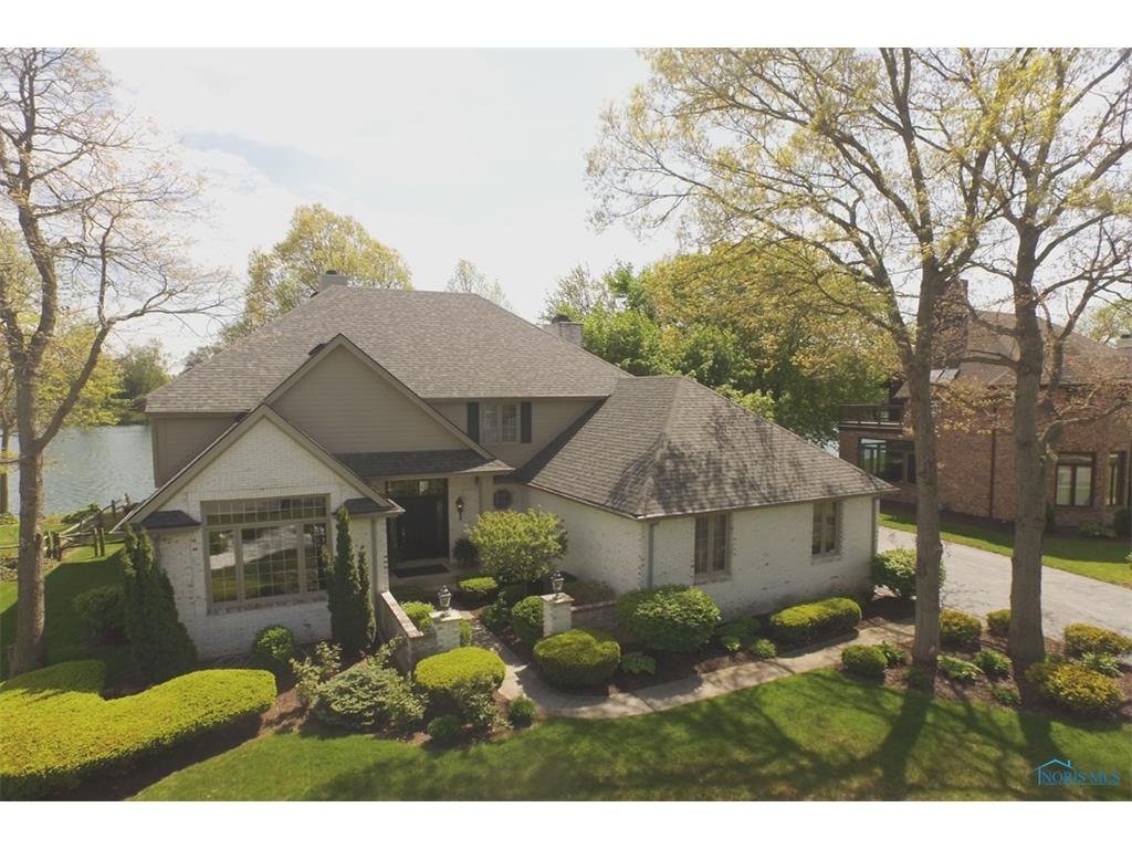 8829 Orchard Lake, Holland, OH 43528