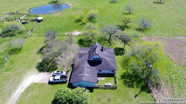 1358 Corrigan Rd, Skidmore, TX 78389