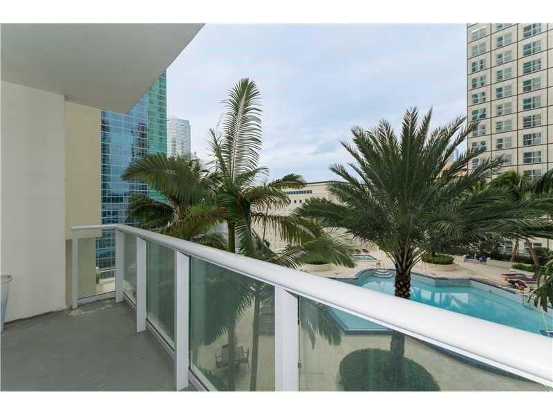 300 S Biscayne Blvd T-1503, Miami, FL 33131