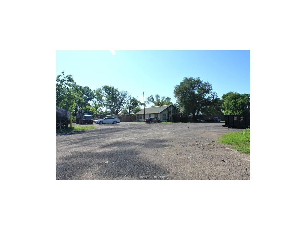 8868 Torres Lane, Navasota, TX 77868