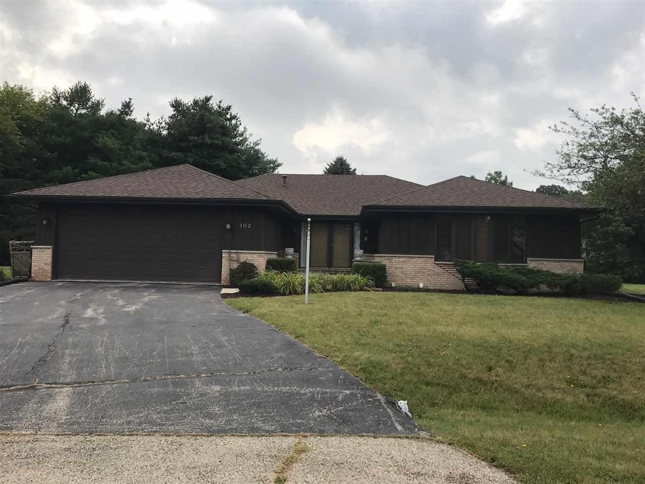 102 Thornhill Drive, POPLAR GROVE, IL 61065