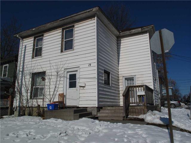 196 E Dundas St, Belleville, ON K8N 1E1