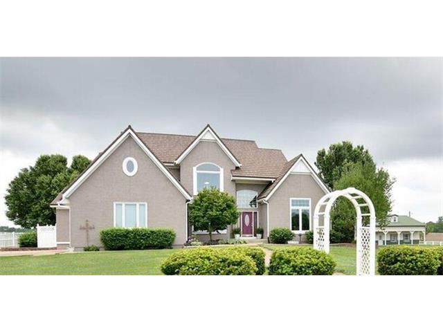 17475 W 191ST Street, Spring Hill, KS 66083